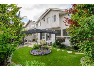 """Photo 18: 20141 68A Avenue in Langley: Willoughby Heights House for sale in """"Woodbridge"""" : MLS®# R2354583"""