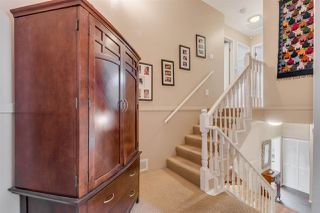 Photo 9: 1967 CEDAR VILLAGE Crescent in North Vancouver: Westlynn Townhouse for sale : MLS®# R2355818
