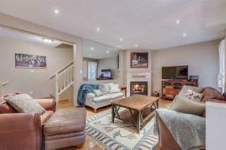 Photo 3: 1967 CEDAR VILLAGE Crescent in North Vancouver: Westlynn Townhouse for sale : MLS®# R2355818