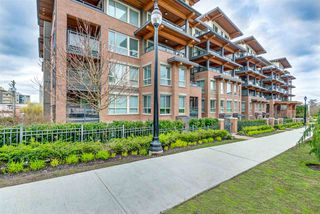 "Photo 4: 418 500 ROYAL Avenue in New Westminster: Downtown NW Condo for sale in ""THE DOMINION"" : MLS®# R2357962"