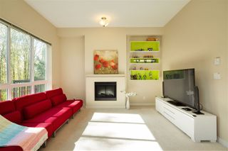 Photo 2: 42 1125 KENSAL Place in Coquitlam: New Horizons Townhouse for sale : MLS®# R2359736