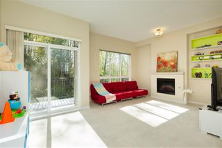 Photo 3: 42 1125 KENSAL Place in Coquitlam: New Horizons Townhouse for sale : MLS®# R2359736