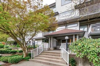 "Main Photo: 402 20561 113 Avenue in Maple Ridge: Southwest Maple Ridge Condo for sale in ""WARESLEY PLACE"" : MLS®# R2360461"