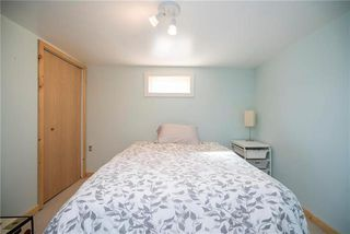 Photo 15: 927 Autumnwood Drive in Winnipeg: Windsor Park Residential for sale (2G)  : MLS®# 1909592