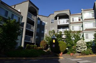 "Photo 2: 313 5700 200 Street in Langley: Langley City Condo for sale in ""Langley Village Apartments"" : MLS®# R2365286"