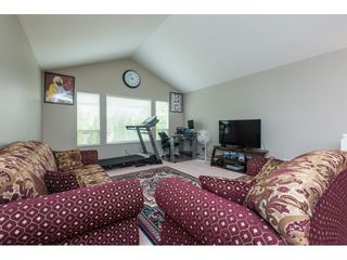 Photo 17: 14298 88 Avenue in Surrey: Bear Creek Green Timbers House for sale : MLS®# R2366016