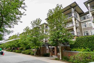 """Photo 2: 304 4833 BRENTWOOD Drive in Burnaby: Brentwood Park Condo for sale in """"Macdonald House"""" (Burnaby North)  : MLS®# R2368779"""