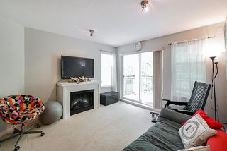 """Photo 7: 304 4833 BRENTWOOD Drive in Burnaby: Brentwood Park Condo for sale in """"Macdonald House"""" (Burnaby North)  : MLS®# R2368779"""