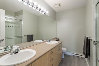 Photo 10: 42 6747 203 Street in Langley: Willoughby Heights Townhouse for sale : MLS®# R2369966