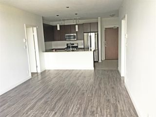 Photo 3: 1105 280 ROSS Drive in New Westminster: Fraserview NW Condo for sale : MLS®# R2375597