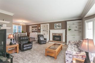 """Photo 3: 20971 44A Avenue in Langley: Brookswood Langley House for sale in """"Cedar Ridge"""" : MLS®# R2377575"""