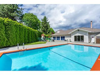 "Photo 19: 204 13918 72 Avenue in Surrey: East Newton Condo for sale in ""TUDOR PARK"" : MLS®# R2378301"