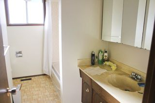 Photo 13: 17243 104 Street in Edmonton: Zone 27 House for sale : MLS®# E4161322