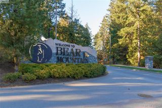 Photo 19: 768 Hanbury Place in VICTORIA: Hi Bear Mountain Single Family Detached for sale (Highlands)  : MLS®# 412394