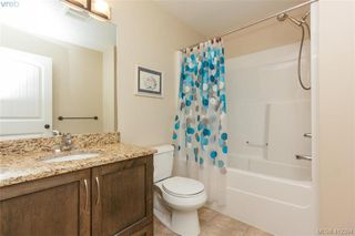Photo 11: 768 Hanbury Place in VICTORIA: Hi Bear Mountain Single Family Detached for sale (Highlands)  : MLS®# 412394