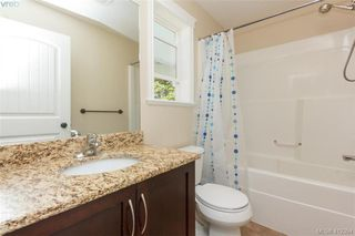 Photo 9: 768 Hanbury Place in VICTORIA: Hi Bear Mountain Single Family Detached for sale (Highlands)  : MLS®# 412394