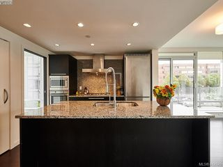 Photo 4: 501 708 Burdett Avenue in VICTORIA: Vi Downtown Condo Apartment for sale (Victoria)  : MLS®# 412520