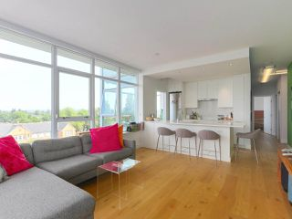 """Photo 4: 808 2788 PRINCE EDWARD Street in Vancouver: Mount Pleasant VE Condo for sale in """"UPTOWN"""" (Vancouver East)  : MLS®# R2383495"""