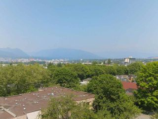 """Photo 11: 808 2788 PRINCE EDWARD Street in Vancouver: Mount Pleasant VE Condo for sale in """"UPTOWN"""" (Vancouver East)  : MLS®# R2383495"""