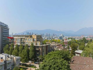 """Photo 9: 808 2788 PRINCE EDWARD Street in Vancouver: Mount Pleasant VE Condo for sale in """"UPTOWN"""" (Vancouver East)  : MLS®# R2383495"""
