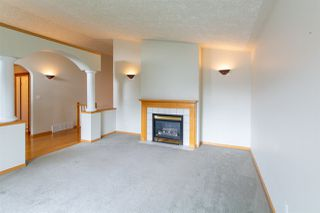Photo 4: 6716 161 Avenue in Edmonton: Zone 28 House for sale : MLS®# E4164860