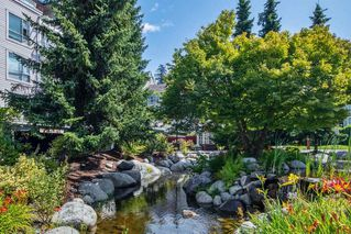 "Photo 3: 316 3608 DEERCREST Drive in North Vancouver: Roche Point Condo for sale in ""DEERCREST"" : MLS®# R2387930"
