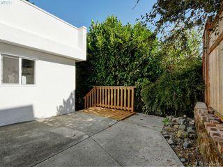 Photo 31: 318 Uganda Ave in VICTORIA: Es Kinsmen Park Half Duplex for sale (Esquimalt)  : MLS®# 822180