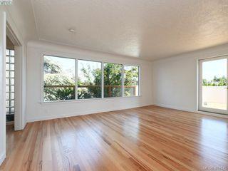 Photo 4: 318 Uganda Ave in VICTORIA: Es Kinsmen Park Half Duplex for sale (Esquimalt)  : MLS®# 822180