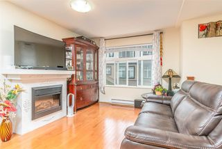 Photo 2: 126 16177 83 Avenue in Surrey: Fleetwood Tynehead Townhouse for sale : MLS®# R2415122