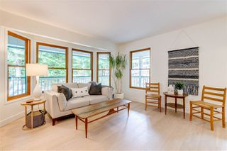 Photo 2: 27830 LAUREL Place in Maple Ridge: Northeast House for sale : MLS®# R2415483