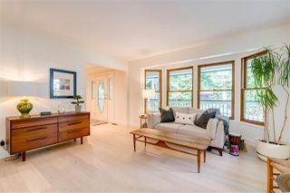 Photo 3: 27830 LAUREL Place in Maple Ridge: Northeast House for sale : MLS®# R2415483