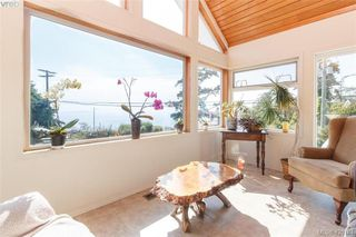 Photo 3: 2954 Tudor Ave in VICTORIA: SE Ten Mile Point House for sale (Saanich East)  : MLS®# 831607