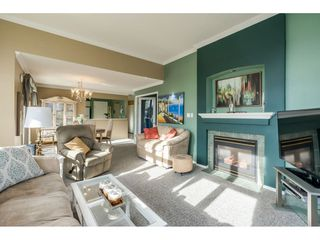 "Photo 5: 415 15210 GUILDFORD Drive in Surrey: Guildford Condo for sale in ""Boulevard Club"" (North Surrey)  : MLS®# R2433481"
