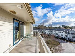 "Photo 19: 415 15210 GUILDFORD Drive in Surrey: Guildford Condo for sale in ""Boulevard Club"" (North Surrey)  : MLS®# R2433481"