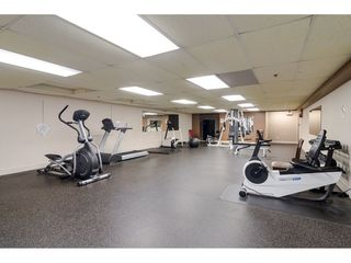 "Photo 18: 415 15210 GUILDFORD Drive in Surrey: Guildford Condo for sale in ""Boulevard Club"" (North Surrey)  : MLS®# R2433481"