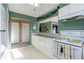 "Photo 11: 415 15210 GUILDFORD Drive in Surrey: Guildford Condo for sale in ""Boulevard Club"" (North Surrey)  : MLS®# R2433481"