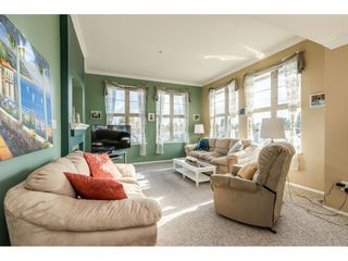 "Photo 8: 415 15210 GUILDFORD Drive in Surrey: Guildford Condo for sale in ""Boulevard Club"" (North Surrey)  : MLS®# R2433481"