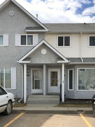 Photo 2: 123 5 ABERDEEN Way: Stony Plain Townhouse for sale : MLS®# E4188644