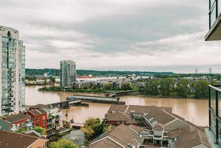 "Photo 16: 1302 1 RENAISSANCE Square in New Westminster: Quay Condo for sale in ""The Q"" : MLS®# R2453387"