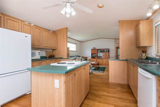 """Photo 14: 105 45918 KNIGHT Road in Chilliwack: Sardis East Vedder Rd House for sale in """"Country Park Village"""" (Sardis)  : MLS®# R2468287"""