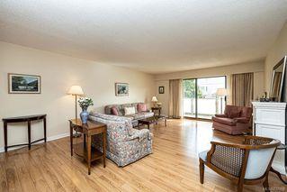 Photo 4: 101 2125 Oak Bay Ave in Oak Bay: OB South Oak Bay Condo Apartment for sale : MLS®# 837058