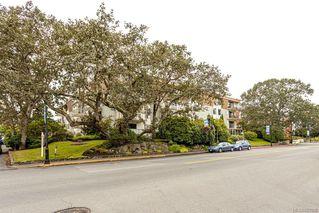 Photo 27: 101 2125 Oak Bay Ave in Oak Bay: OB South Oak Bay Condo Apartment for sale : MLS®# 837058