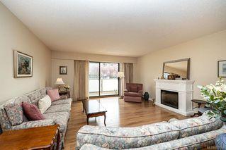 Photo 1: 101 2125 Oak Bay Ave in Oak Bay: OB South Oak Bay Condo Apartment for sale : MLS®# 837058