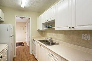 Photo 11: 101 2125 Oak Bay Ave in Oak Bay: OB South Oak Bay Condo Apartment for sale : MLS®# 837058