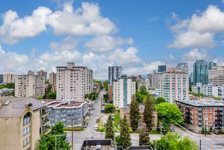 """Photo 2: 1101 1050 SMITHE Street in Vancouver: West End VW Condo for sale in """"THE STERLING"""" (Vancouver West)  : MLS®# R2478324"""