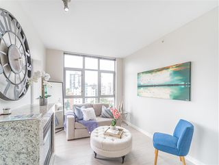 """Photo 6: 1101 1050 SMITHE Street in Vancouver: West End VW Condo for sale in """"THE STERLING"""" (Vancouver West)  : MLS®# R2478324"""