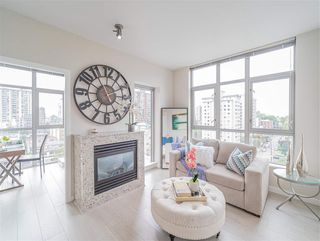 """Photo 7: 1101 1050 SMITHE Street in Vancouver: West End VW Condo for sale in """"THE STERLING"""" (Vancouver West)  : MLS®# R2478324"""