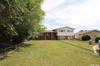 Photo 2: 82 Riverbend Crescent in Battleford: Residential for sale : MLS®# SK821426