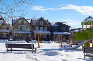 Photo 2: 31 Walden Parade SE in Calgary: Walden Detached for sale : MLS®# A1048357