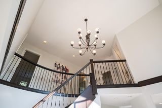 Photo 4: 1532 PARKWAY Boulevard in Coquitlam: Westwood Plateau House for sale : MLS®# R2519032